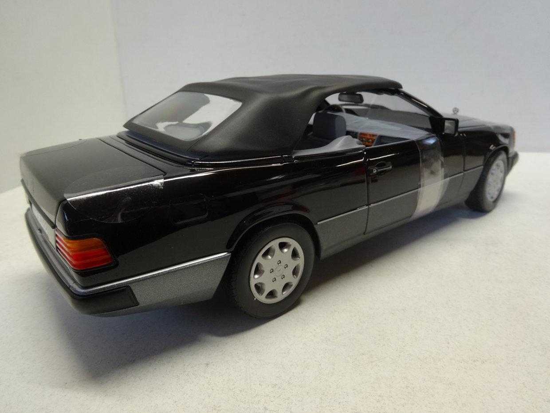norev mercedes 300 ce 24 cabriolet 1990 zwart 183566. Black Bedroom Furniture Sets. Home Design Ideas