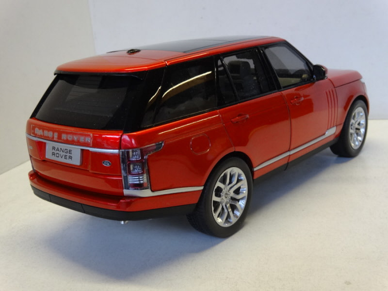 gtautos range rover bordeaux rood metallic 2011 wel11006red. Black Bedroom Furniture Sets. Home Design Ideas